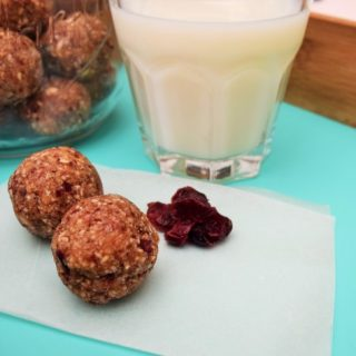 Date-cranberry-power-balls-lucyloves-foodblog