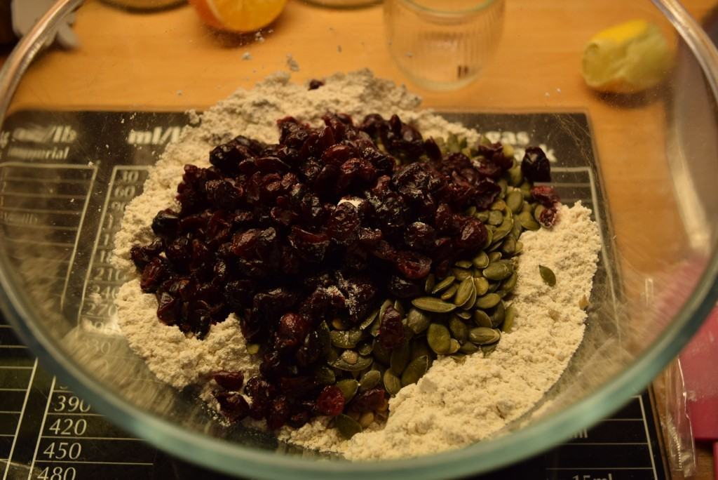 Seeded-cranberry-crackers-recipe-lucyloves-foodblog