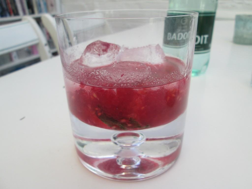 Raspberry-mojito-lucyloves-foodblog