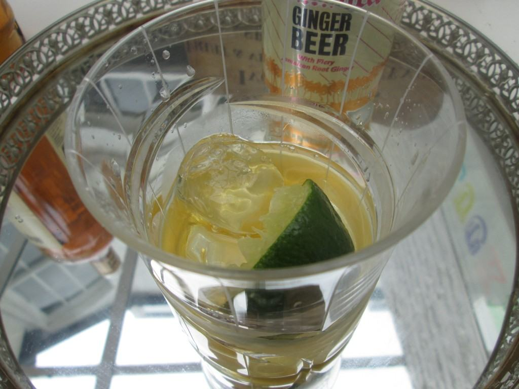 Dark-and-stormy-cocktail-lucyloves-foodblog