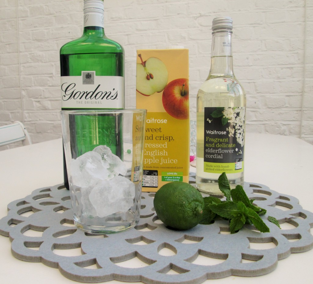 Apple-gin-mint-cocktail-lucyloves-foodblog