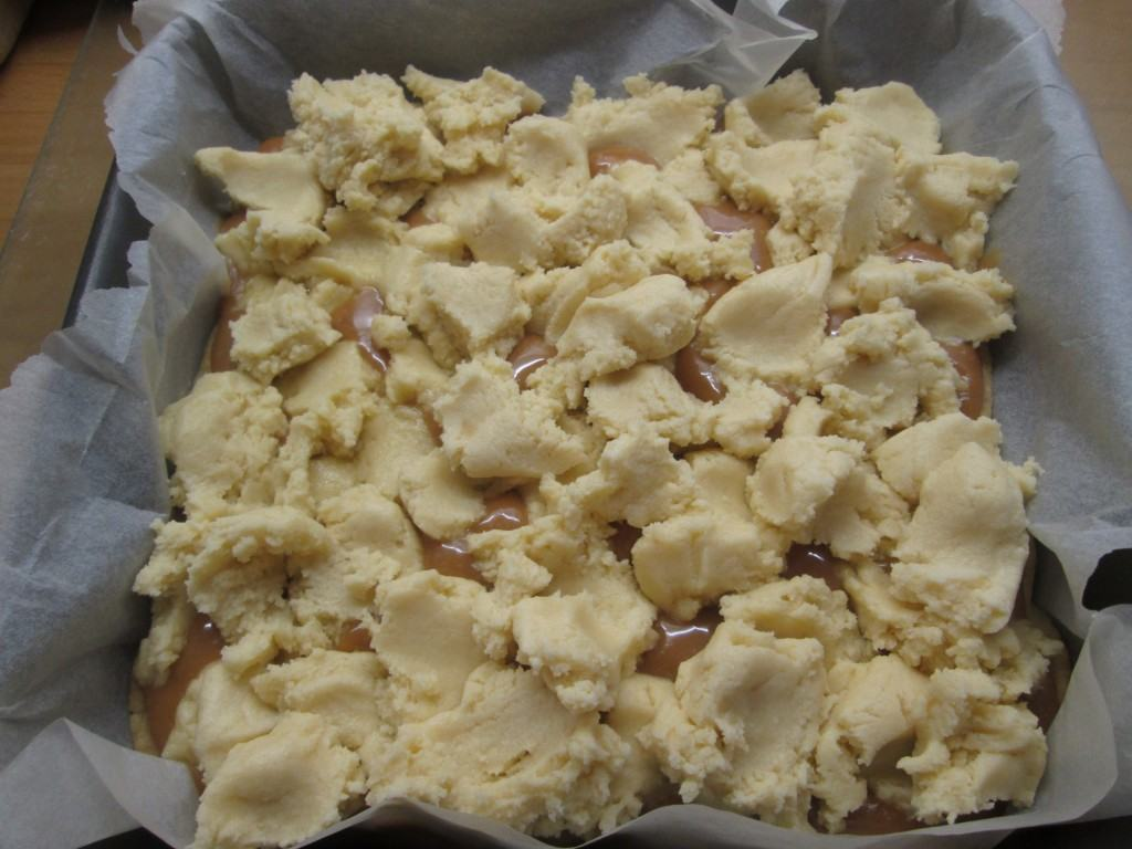 Toffee-butter-slice-lucyloves-foodblog
