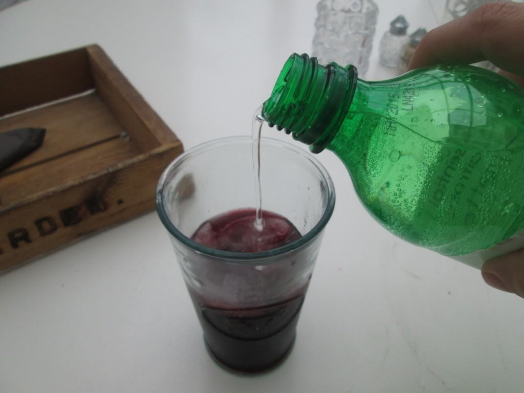 Bramble-vodka-spritzer-lucyloves-foodblog
