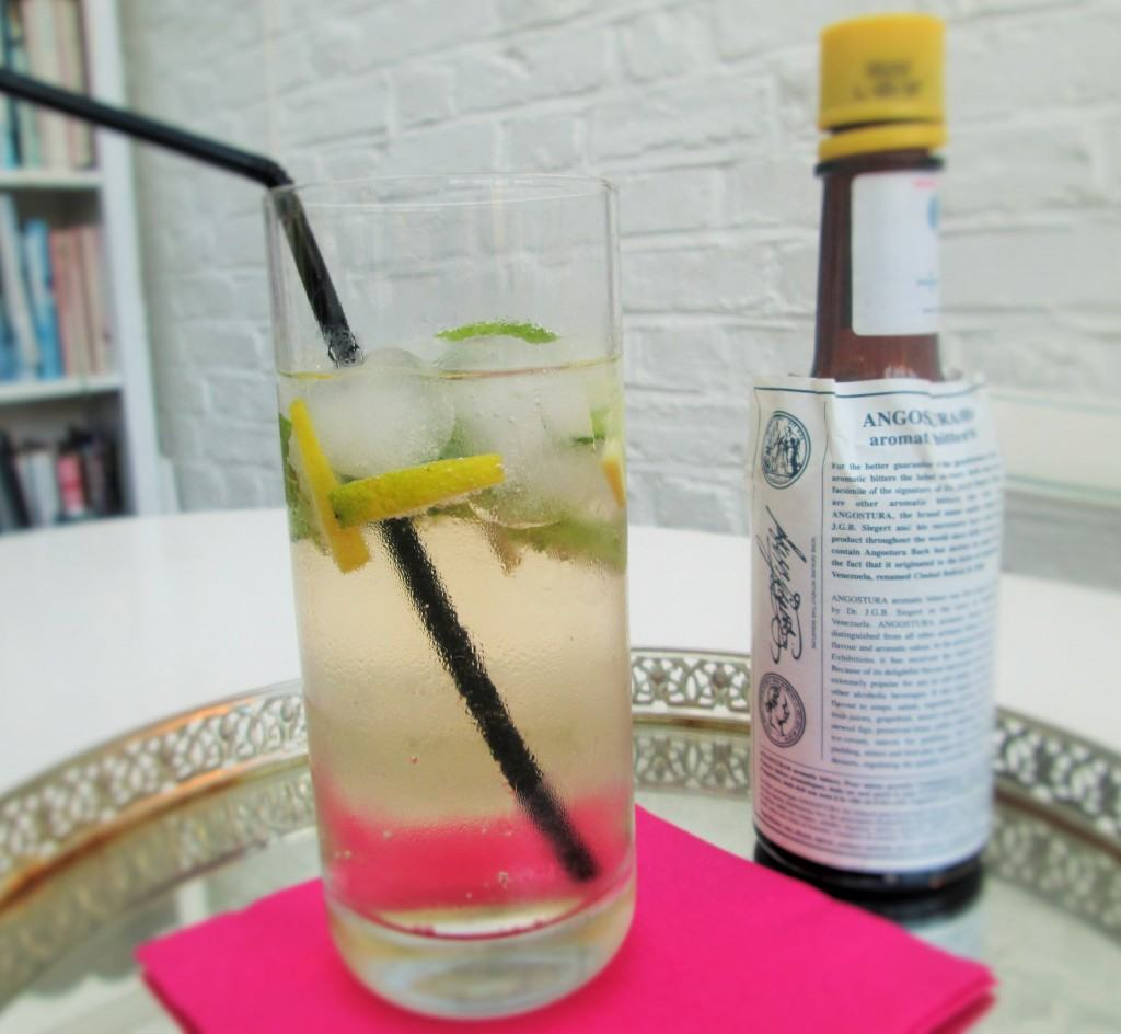 Lime-and-bitters-cocktail-lucyloves-foodblog