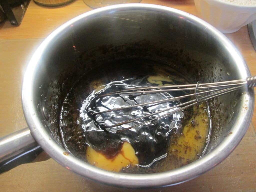 Sticky-ginger-cake-lucyloves-foodblog