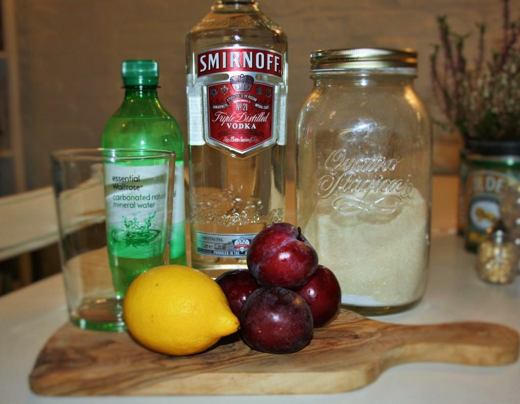 Plum-vodka-spritzer-lucyloves-foodblog
